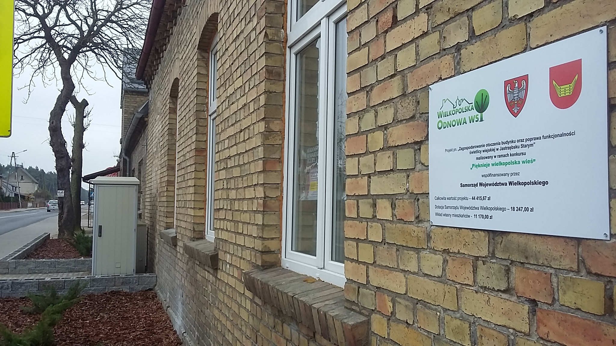 Zagospodarowanie otoczenia świetlicy wiejskiej w Jastrzębsku Starym