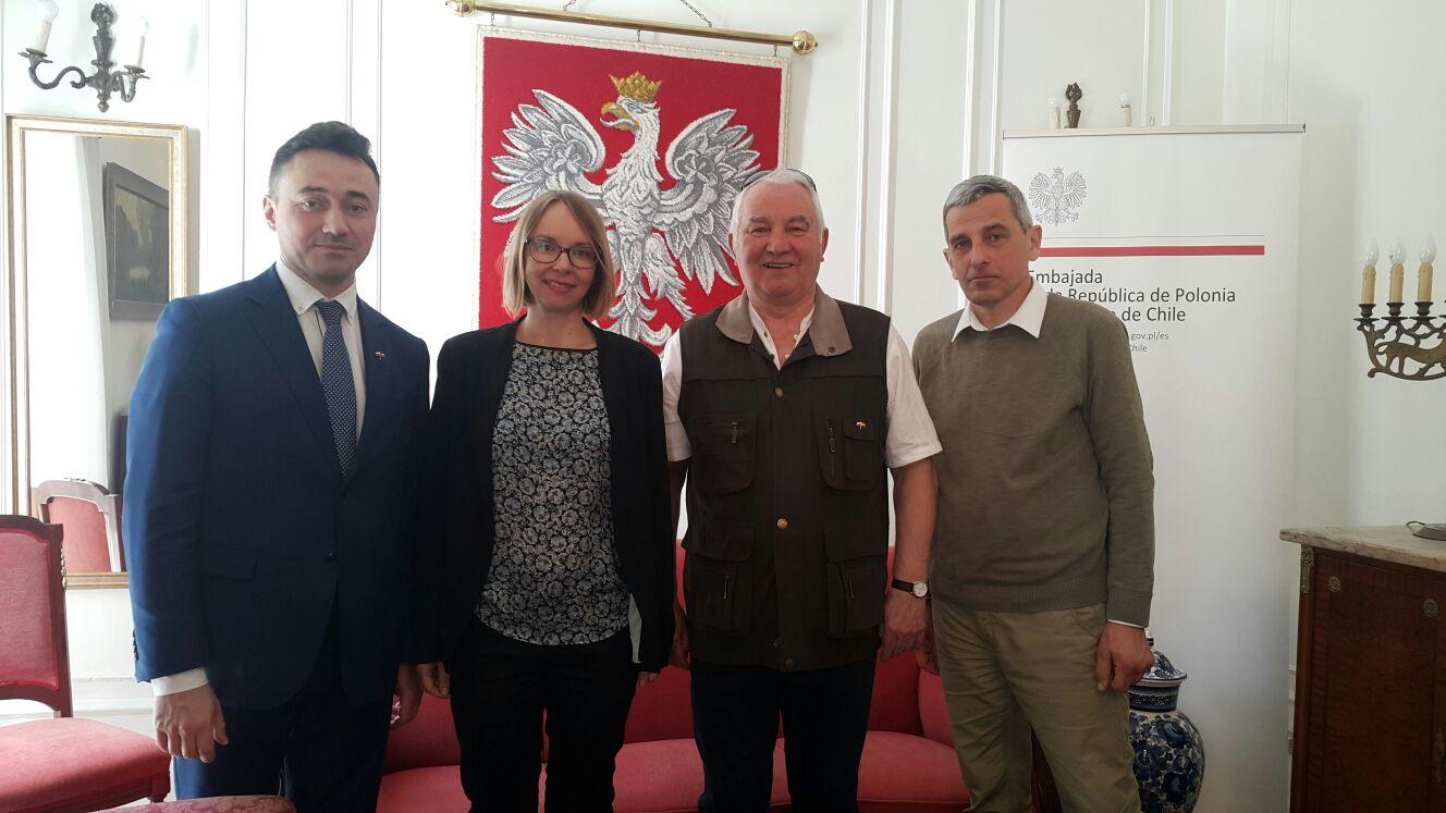 Wizyta w polskiej ambasadzie w Chile