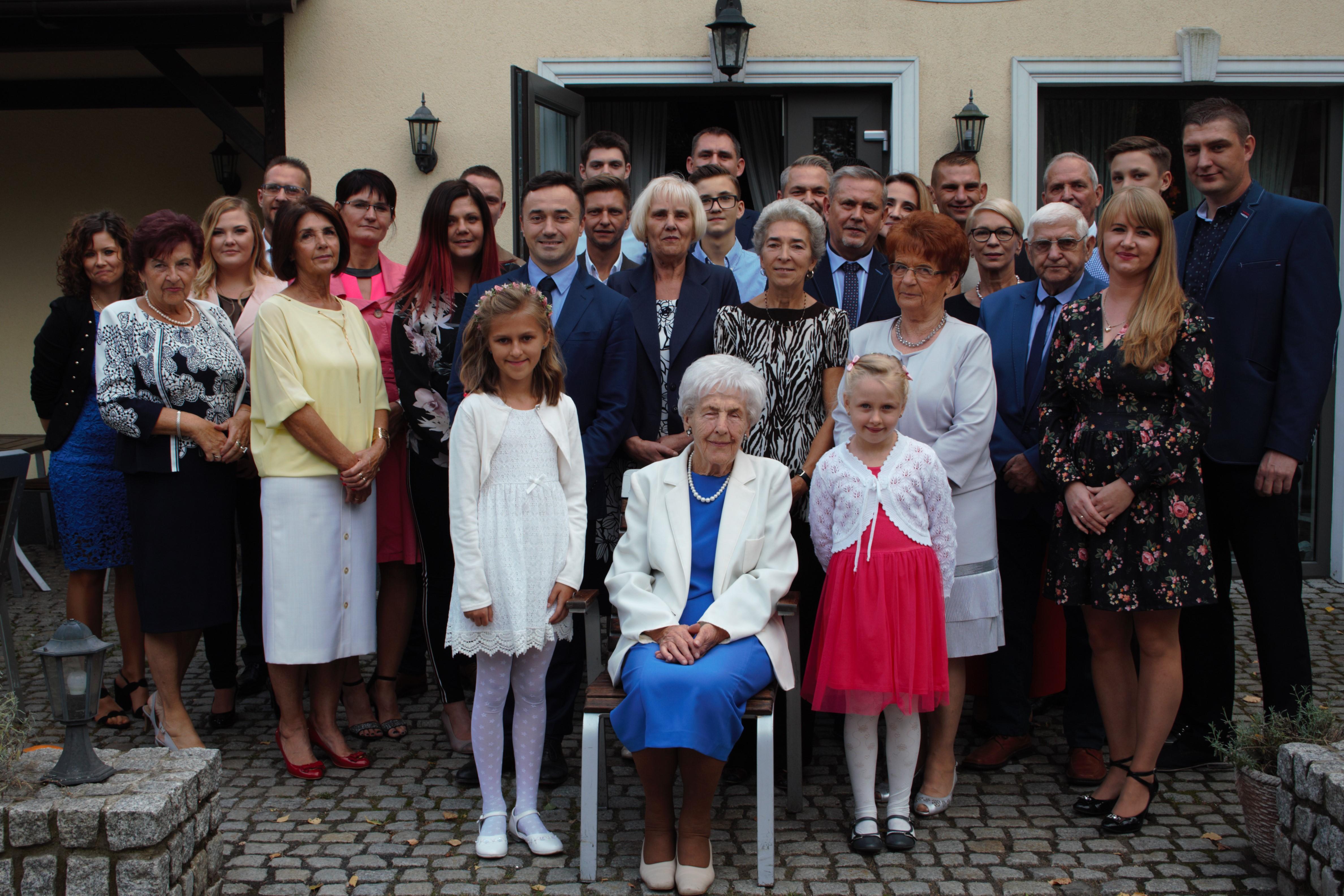 Pani Joanna obchodzi swoje 90. urodziny.
