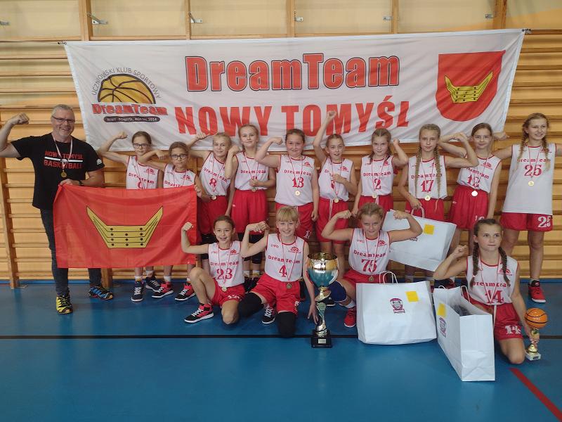 Udany turniejowy debiut kolejnego zespołu Dream Team Nowy Tomyśl!